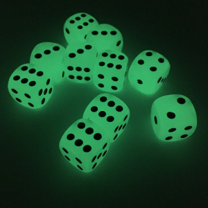 glow in the dark dice